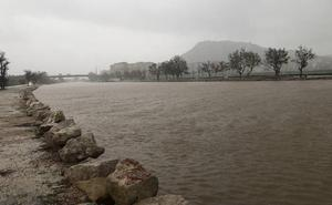 El río Júcar se desborda en su desembocadura en Cullera