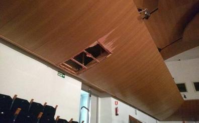 El Palau de la Música suspende todas las actuaciones del fin de semana en la Sala Iturbi por los daños de la lluvia