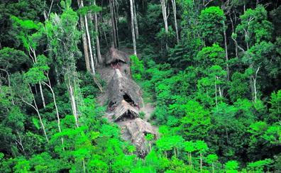 Así es la isla Sentinel y la tribu que asesinó al turista norteamericano