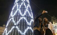 Valencia enciende oficialmente su iluminación de Navidad este viernes