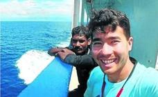 La policía investiga a dos misioneros por la muerte del norteamericano asesinado por una tribu