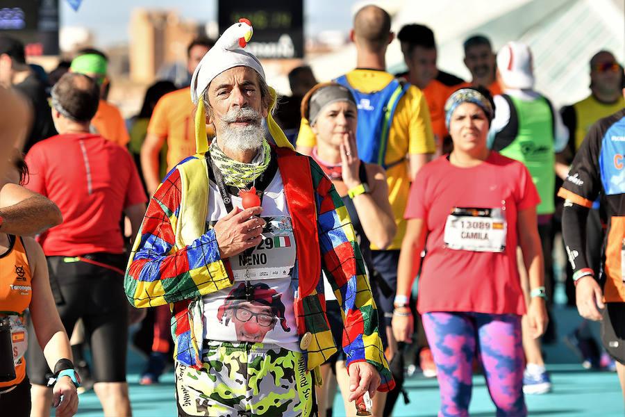 Las fotos más curiosas del Maratón Valencia 2018