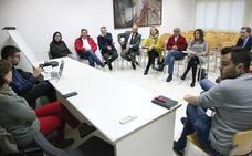 Empresarios y agentes sociales de la Marina Alta y la Safor reivindican el tren Gandia-Dénia por la conexión con Baleares