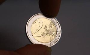 Cae un clan familiar de la Comunitat especializado en fabricar y distribuir monedas falsas de dos euros