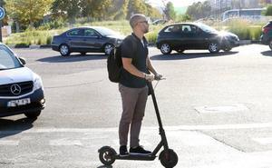 La Marina admite que no podrá evitar que los patinetes salgan a la calle