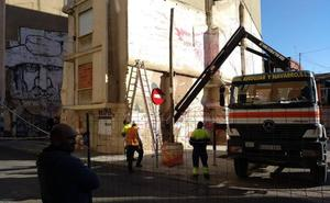 El Ayuntamiento de Valencia retoma los derribos de fincas en ruinas del Cabanyal