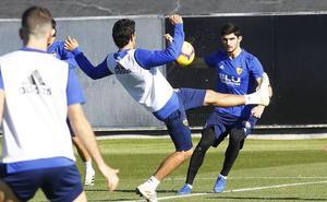Guedes y Rodrigo apuntan al once ante el Sevilla