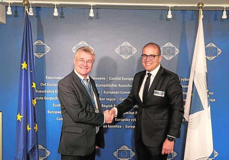 La Diputación expone en Bruselas sus planes de digitalización