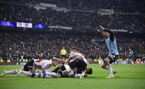 River toca el cielo en el Bernabéu