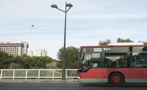 El absentismo se agrava en la EMT y deja en las cocheras 17 autobuses al día