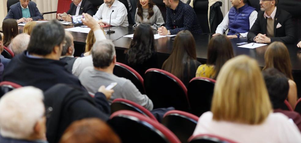 Fuset y delegados de sector se enzarzan por la elección de un jurado paritario en las Fallas