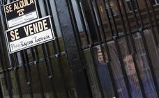 Los desahucios por impago de alquileres ya doblan en Valencia a los de hipotecas