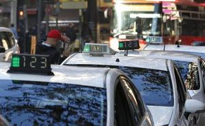 Taxistas se movilizarán hoy por el centro de Valencia para reclamar a la Conselleria que regule «con urgencia» las VTC