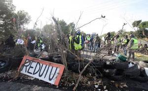 La Fiscalía investiga la actuación de los Mossos en la «invasión» de la AP-7