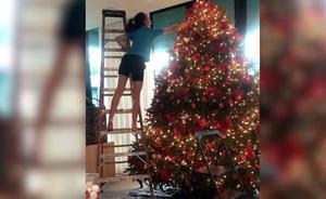 Jennifer López revoluciona instagram con unas fotos navideñas