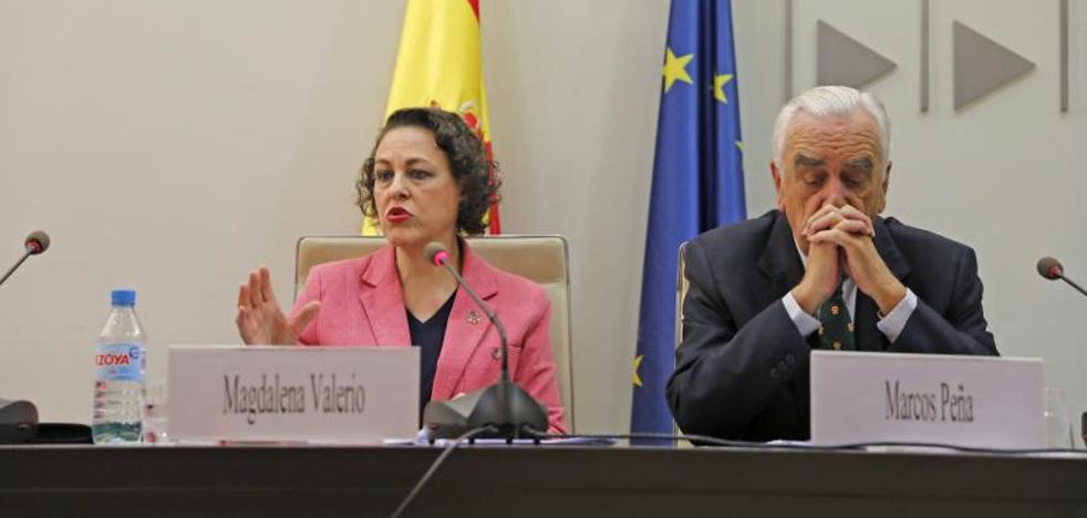 Valerio pide «disculpas» por subir el salario mínimo sin contar con los agentes sociales