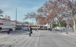 Gandia elimina más de cien plazas de parking para instalar la feria de atracciones de Navidad