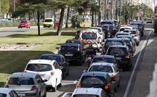 La Guardia Civil recomienda la técnica de la cremallera en los atascos de tráfico