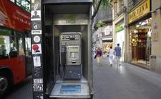 Las últimas cabinas telefónicas de Valencia