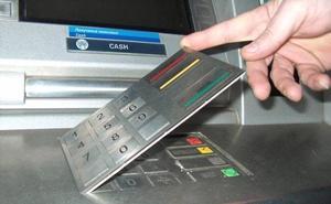 ¿Qué hacer cuando el cajero automático no te da tu dinero?