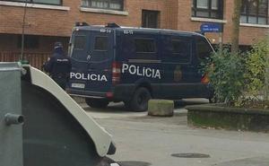 Detenido en Vitoria el presidente de una asociación cultural acusado de pertenencia al Daesh