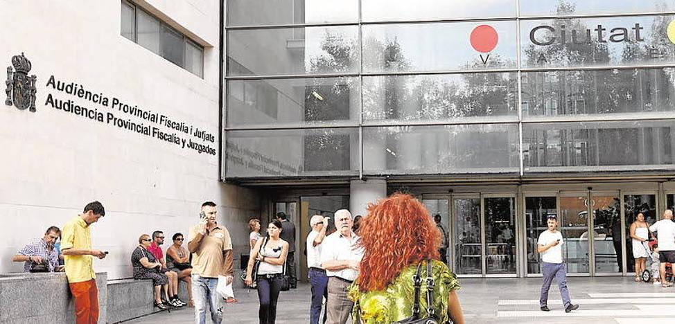 Cuatro años de prisión por matar a su pareja tras tirarla por las escaleras en Valencia