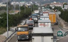 La Comunitat tiene dos de los 10 tramos con más accidentes de moto y camiones de España