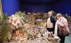 El renovado belén de las religiosas de San José de Valencia con más de 400 figuras y juegos de luz