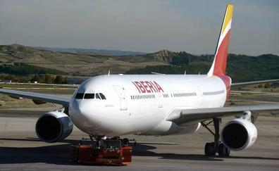 Iberia aplicará un nuevo recargo en sus billetes