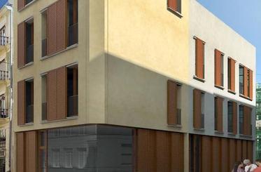 Arranca la construcción de un edificio de cuatro viviendas en la calle Tapinería de Valencia