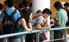 La Generalitat aprueba 5.671 plazas de profesores no universitarios