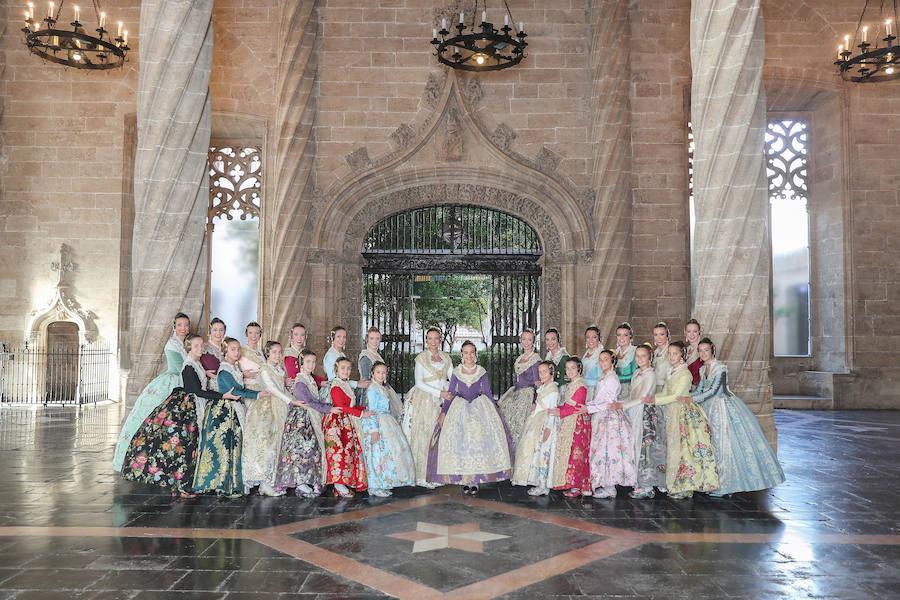 La felicitación navideña de las falleras mayores de Valencia 2019