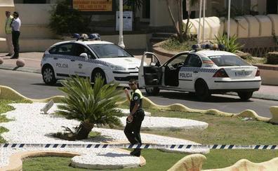 Detienen a un hombre de 63 años por intentar que una niña de 13 entrase a su furgoneta en Málaga