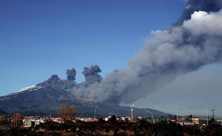 Fotos: El volcán Etna entra en erupción en Sicilia