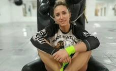 La lucha más dura de la campeona del mundo de muay-thai Yohanna Alonso: derrotar el cáncer