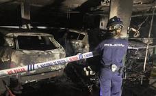 El incendio de un garaje obliga al desalojo de 300 vecinos en Mislata
