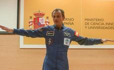 Pedro Duque vuelve a vestirse de astronauta