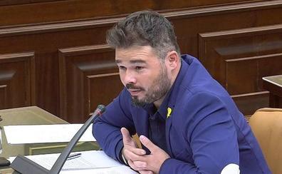 Torra insiste en los presos y en el referéndum para apoyar las cuentas del PSOE
