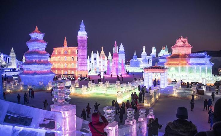 La ciudad de los palacios y esculturas de hielo
