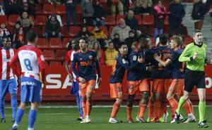 VÍDEO | El gol de Parejo ante el Sporting