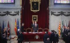 El Rey ve «indispensable» el respeto a las resoluciones judiciales para la democracia