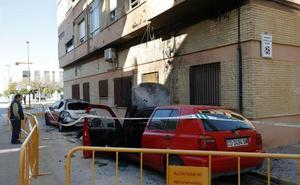 Massamagrell refuerza la vigilancia tras la quema intencionada de 14 vehículos