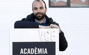 El Valencia destituye a Luis Vicente Mateo como jefe de la Academia
