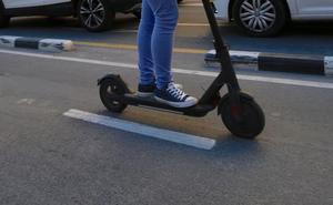 La conductora de un patinete denuncia que dos hombres intentaron raptarla en Valencia