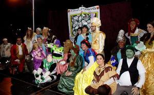 Dos carrozas sin seguro retrasan media hora la cabalgata de Reyes en Puçol