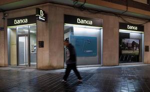 Condenan a Bankia a devolver 23.000 € a una accionista de Banco de Valencia