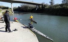 Buscan en el río Júcar a un piragüista tras encontrar la embarcación vacía