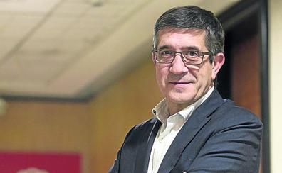 Patxi López: «Los socialistas vascos nos hemos sentido como la Guardia de la Noche»
