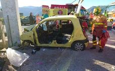 Tres heridos en un accidente de tráfico en la CV-50 en Tavernes de la Valldigna
