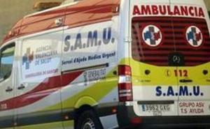 Dos ciclistas resultan heridos tras caerse mientras circulaban por un puente en Xàtiva